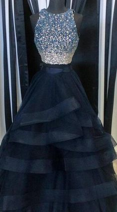Scoop Neck Tulle Crystals Women Charming Layer Prom Dresses For Woman Source by earnett for teens Prom Dresses Two Piece, Prom Dresses For Teens, Prom Outfits, Beautiful Prom Dresses, Pretty Dresses, Puffy Prom Dresses, Formal Dresses, Bridesmaid Dresses, Teen Dresses