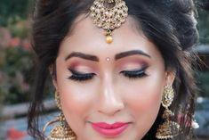 #bridalmakeup #makeup #makeupartist #makeupartist #makeup #mua #bridalbeauty #bridalmakeup #bridaldiaries #makeupforever #makeupart #beautymakeup #instamakeup #weddingsutra #makeupaddict #makeuplover #makeuplove #weddingmakeupideas