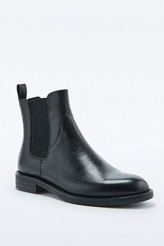 Vagabond Amina Black Chelsea Ankle Boots - Urban Outfitters