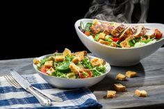 """Jedna od prednosti LCHF-a je svakako veći izbor dressinga za salate. Verovatno su vam već dosadila 2 glavna dressinga za """"tople"""" i hladne"""" salate:sok limuna i maslinovo ulje ILI jogurt, kari, maslinovo ulje i limun. Moja dva LCHF-Dressing-Čeda su svakako …  →"""