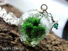 Glaskugelkette Grün mit glitzer von Sara´s Charms auf DaWanda.com