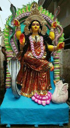 Jay maa Saraswati Maa Durga Image, Durga Maa, Durga Goddess, Shiva Hindu, Hindu Deities, Hindu Art, Hinduism, Durga Images, Lakshmi Images
