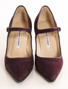 Mary-Jane Pointed Toe Plum Suede pumps