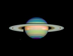 Infrared Saturn by E.Karkoschka (University of Arizona)/HST/NASA
