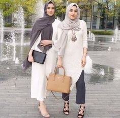 neutral hijab outfit- Hijabi fashion Bloggers Street looks http://www.justtrendygirls.com/hijabi-fashion-bloggers-street-looks/