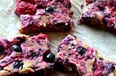 HEALTHY, EASY AND SO CREAMY! Beautiful Desserts, Pick One, Dessert Bars, Healthy Baking, Blondies, Baked Goods, Blueberry, Raspberry, Easy