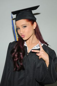 Ariana Grande | ARIANA GRANDE in Cap and Gown Graduates from High School