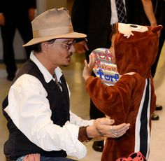 Johnny Depp with Amber Heard in Japan to promote The Lone Ranger|Lainey Gossip Entertainment Update