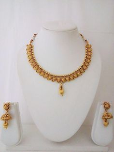 Indian Fashion Jewelry Necklace Earring Women Bollywood Ethnic Traditional Set for sale online Gold Mangalsutra Designs, Gold Earrings Designs, Gold Jewellery Design, Designer Jewelry, Necklace Designs, Gold Necklace Simple, Gold Jewelry Simple, Necklace Set, Indian Jewelry Sets