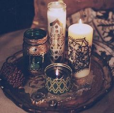 Candles placed on a tray and organised by size makes them look more decorative rather than randomly placed