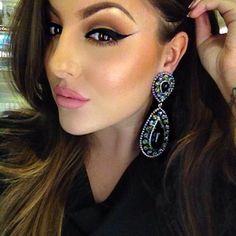 Seductive bold winged eyeliner makeup look