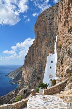 Greece, The byzantine monastery of Panaghia Chozoviotissa located on the southeast coast of Amorgos island, above sea level, Cyclades complex Casablanca, Santorini, Marrakech, Places To Travel, Places To See, Costa, Places In Greece, Holiday Places, Fantasy Places