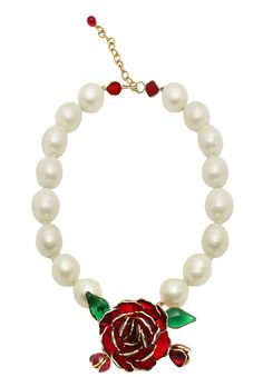Vintage Chanel couture pearl necklace with Gripoix crystals created by Victoire de Castellane who was at the helm of Chanel jewelry line in 1984-1998. The model is attributed to 1984-1989 period. Large pearls are adorned by an intense red rose made of molten Gripoix glass.
