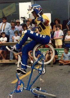 "Martin Aparijo ""The Chairman"" / Miami Hopper Cycling Quotes, Cycling Art, Cycling Jerseys, Bmx Gear, Gt Bikes, Mtb Cycles, Gt Bmx, Bmx Flatland, Bmx Street"