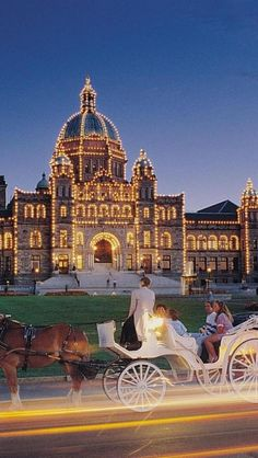The Legislative Buildings in Victoria on Vancouver Island, British Columbia, Canada. Victoria Vancouver Island, Victoria Island, Ottawa, Oh The Places You'll Go, Places To Travel, Places To Visit, Travel Destinations, Alaska, Quebec