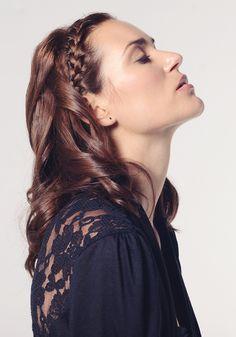 Trenza lateral de raíz Jawline, Cut And Color, Hair Hacks, Hair Cuts, Dreadlocks, Make Up, Female, Hair Styles, Brown
