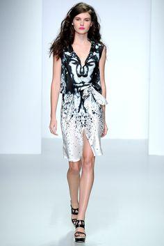 Maria Grachvogel Spring 2014 Ready-to-Wear Fashion Show