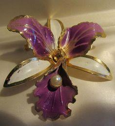 Vtg 50s Big 3D METAL ORCHID FLOWER PEARL Purple  Enamel Painted BROOCH  Pin #nomark
