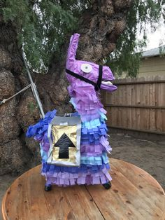 My brothers birthday piñata (fortnite)