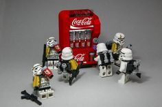 21 of the best custom LEGO Star Wars creations featured on The Brothers Brick - Star Wars Models - Ideas of Star Wars Models - 21 of the best custom LEGO Star Wars creations featured on The Brothers Brick Lego Star Wars Games, Star Wars Video Games, Star Wars Toys, Lego Stormtrooper, Starwars Lego, Legos, Deco Lego, Van Lego, Lego Army