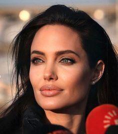 Angelina Jolie, Actresses