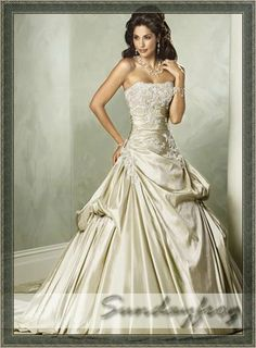 This is gold with Ivory lace... what would this look like with GOLD lace?