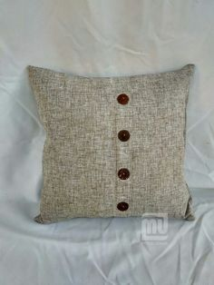 Cover pillow Polyester With Coconut button