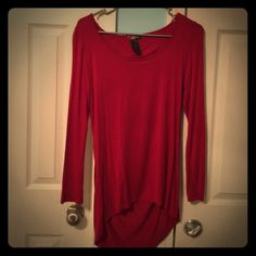 Fitted 3/4 Sleeve with Back Out This is an adorable fitted, 3/4 length sleeve with the back cut out. It has been worn a couple of times, but is still in great condition. Lipstick Boutique Tops Blouses