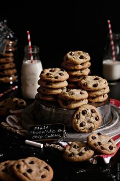 Get the same nostalgic feeling you got when you were a kid drinking milkshakes except now in cookie form with these Malt Chocolate Chip Cookies! Chocolate Chip Cookies, Milk Cookies, Cookies Et Biscuits, Yummy Cookies, Chocolate Desserts, Cake Cookies, Baking Chocolate, Cookies Kids, Cooking Cookies