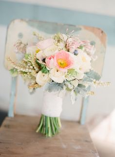 Pastel Bouquet / Photography by Jemma Keech (Western Australia)