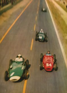 Speed Racer. Fangio´s farewell at 250km/h between Moss and Schell at Reims,France in 1958. ( Y. Dubraine )jacqalan