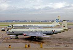 De Havilland Comet C.2 XK697 of 216Sqn operating a VIP flight from London Heathrow Airport in 1965