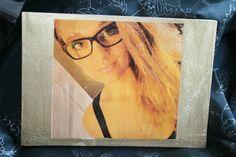 Portrait in Holz veredelt
