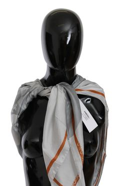Gray Orange Silk Floral Foulard Wrap Scarf C'N'C COSTUME NATIONAL Gorgeous brand new with tags, 100% Authentic C'N'C COSTUME NATIONAL Scarf. Gender: Women Color: Gray orsnge floral printed Material: 100% Silk Logo details Made in Italy Size:130cm x 130cm Gray Orange Silk Floral Foulard Wrap Scarf yazısı ilk önce Party üzerinde ortaya çıktı.