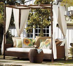 19 Beautiful Outdoor Canopy Beds – DesignSwan.com
