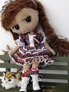Crochet Blythe by Amigurumi doll hair Crochet Doll Pattern, Crochet Toys Patterns, Knit Or Crochet, Amigurumi Patterns, Stuffed Toys Patterns, Amigurumi Doll, Crochet For Kids, Crochet Designs, Crochet Dolls