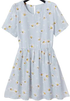Light Blue Short Sleeve Daisy Print Pleated Dress