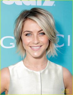 Full Sized Photo of julianne hough derek hough magic city 22 Short Hairstyles For Thick Hair, Mom Hairstyles, Short Hair With Layers, Layered Hair, Curly Hair Styles, Haircut Short, Medium Hair Cuts, Short Hair Cuts, Julianne Hough Short Hair