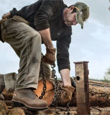 It is not easy to look for the most comfortable work boots. Most people think that they are making a good buy but end up feeling uncomfortable by the end of the day.  Whether you are spending your day out in farmlands, on the jobsite, or in rainy weather, the last thing you would want is working with sore and tiring feet in some uncomfortable pair of shoes. Working shoes not only need to feel comfortable but also keep your feet safe from infections, bacteria and moisture