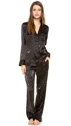 sweet dreams in this Equipment Vivian Pajama Set Sleepwear & Loungewear, Lingerie Sleepwear, Pretty Outfits, Cute Outfits, Black And White Stars, Satin Pajamas, Dark Fashion, My Wardrobe, Night Gown