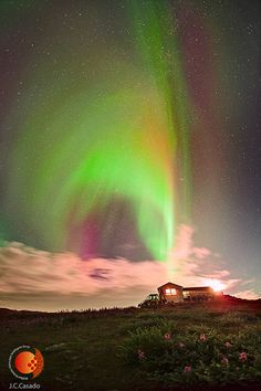 The Shelios 2013 expedition, organized by Miquel Serra-Ricart of the Canary Islands Astrophysics Institute (IAC), has been observing the Northern Lights in southern Greenland from Aug 24-29.