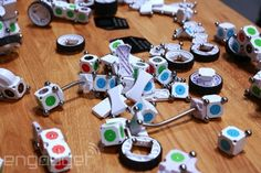MOSS kits let you build the robot of your dreams with color-coded cubes