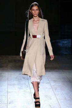 69c8e90ed150 Victoria Beckham Spring 2015 Ready-to-Wear Fashion Show