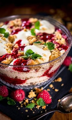 Gin, Finnish Recipes, A Food, Food And Drink, Cake Recipes, Dessert Recipes, Dessert Drinks, Delicious Desserts, Cravings