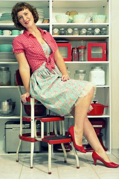 """Red Linen Old Navy Blouses, Aquamarine Bernie Dexter Dresses 