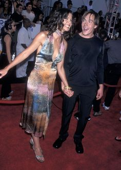 Katie Holmes & Chris Klein at the 2000 MTV Movie Awards Celebrity Couple Costumes, Celebrity Couples, Katie Holmes Tom Cruise, Chris Klein, Watercolor Dress, Contemporary Dresses, Mtv Movie Awards, Old Love, Celebs