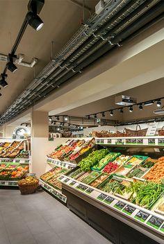 Bio Company, Berlin (Germany) #Oktalite #retail #lighting #food #vegetables