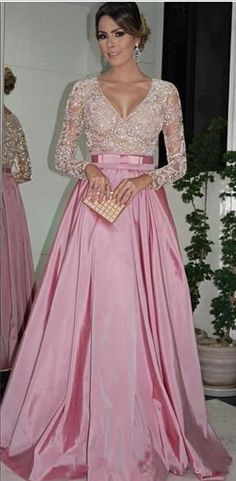 Evening Dresses Long Sleeves V Neck Beaded Bodice Ruffled Taffeta A-Line Ball Gowns Mother Of The Bride Dresses Evening Gowns With Belt