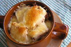 Cibuľačka (fotorecept) - Recept Apple Pie, Desserts, Food, Green Papaya Salad, Tailgate Desserts, Deserts, Essen, Postres, Meals