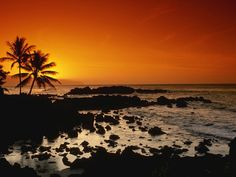Sunset in North Shore, Oahu, Hawaii